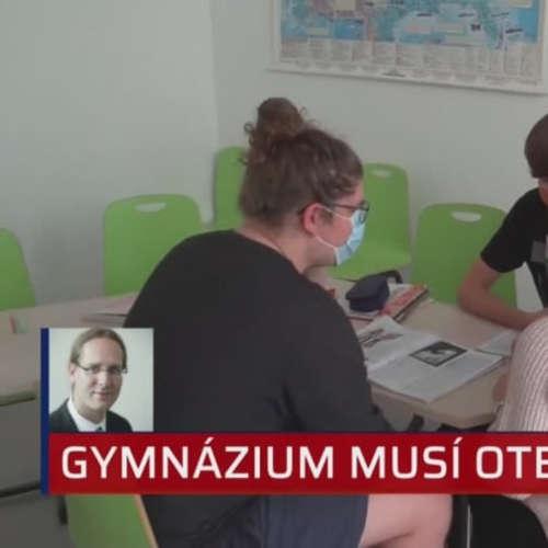Pražské gymnázium musí obnovit denní formu výuky