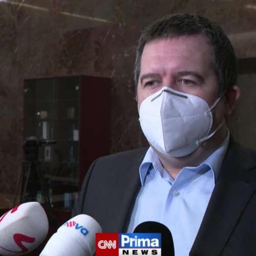 Ministr Hamáček chce omezit pohyb po katastru obce