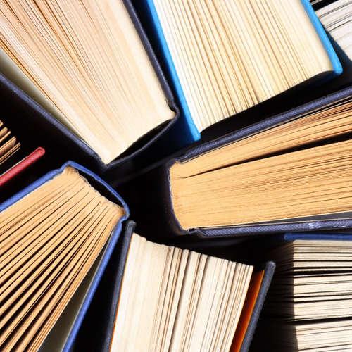 Publikace Marka Deuze Media life předkládá originální koncepci života v médiích. Odvolává se na množství klasických literárních děl i na nedávné průzkumy. V pořadu zazní ukázky z uvedeného titulu. Připravil Jiří Mejstřík.