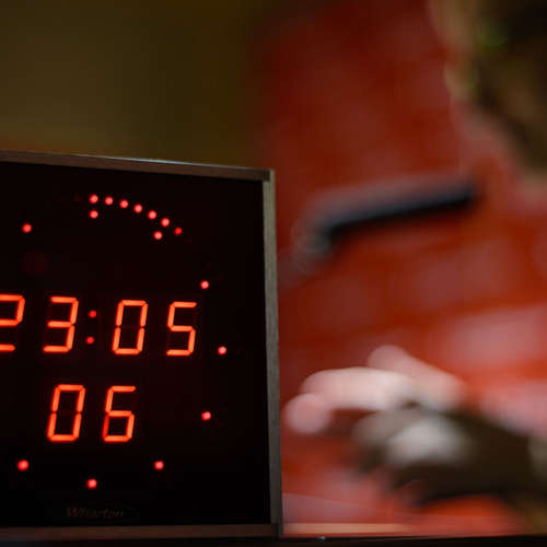 Večerní Host Radiožurnálu - Přestali jsme úplně obyčejně lelkovat, upozorňuje psycholožka. Radí digitální detox