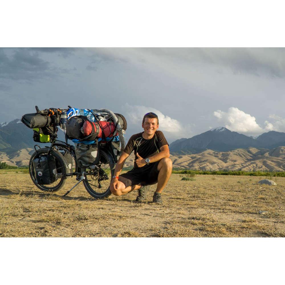 Marek Balicki: Kolem světa na skládacím kole, vlastní lodi i motorce