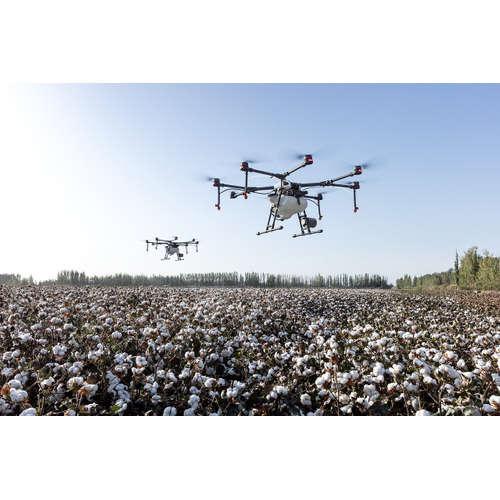Alex Novotný, DronPro: O současnosti i budoucnosti dronů (nejen) na cestách