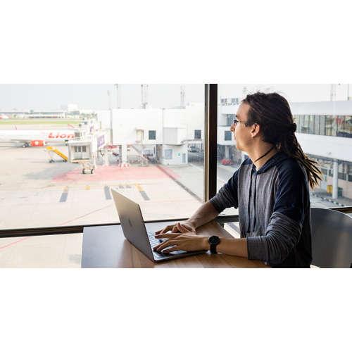 Matouš Vinš: O nové knížce Travel Jobs, digitálním nomádství, životě na cestách i vlivu cestování na planetu