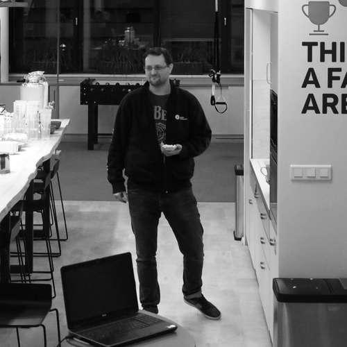TEST-STACK 24 a Tomáš Přibyl na téma PowerBI a reporting ( záznam  Livestreamu )