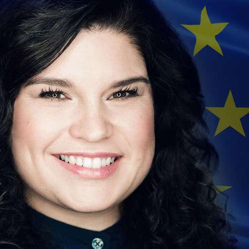 Európska únia volí nový parlament – Fínov zamestnáva hokej, Gréci majú voľby povinné