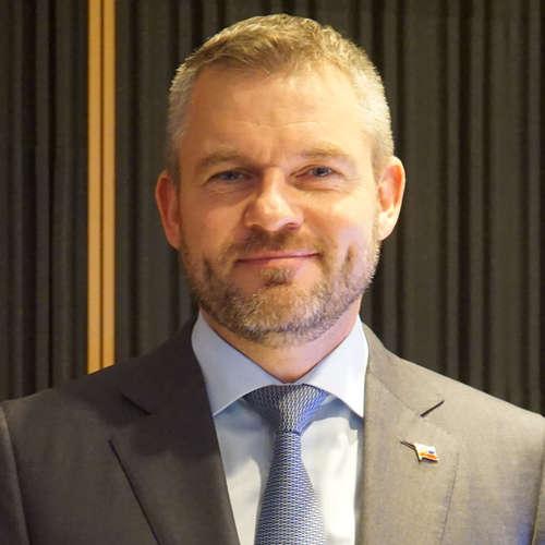 Peter Pellegrini - Ficovi patrí dôstojné miesto na kandidátke Smeru