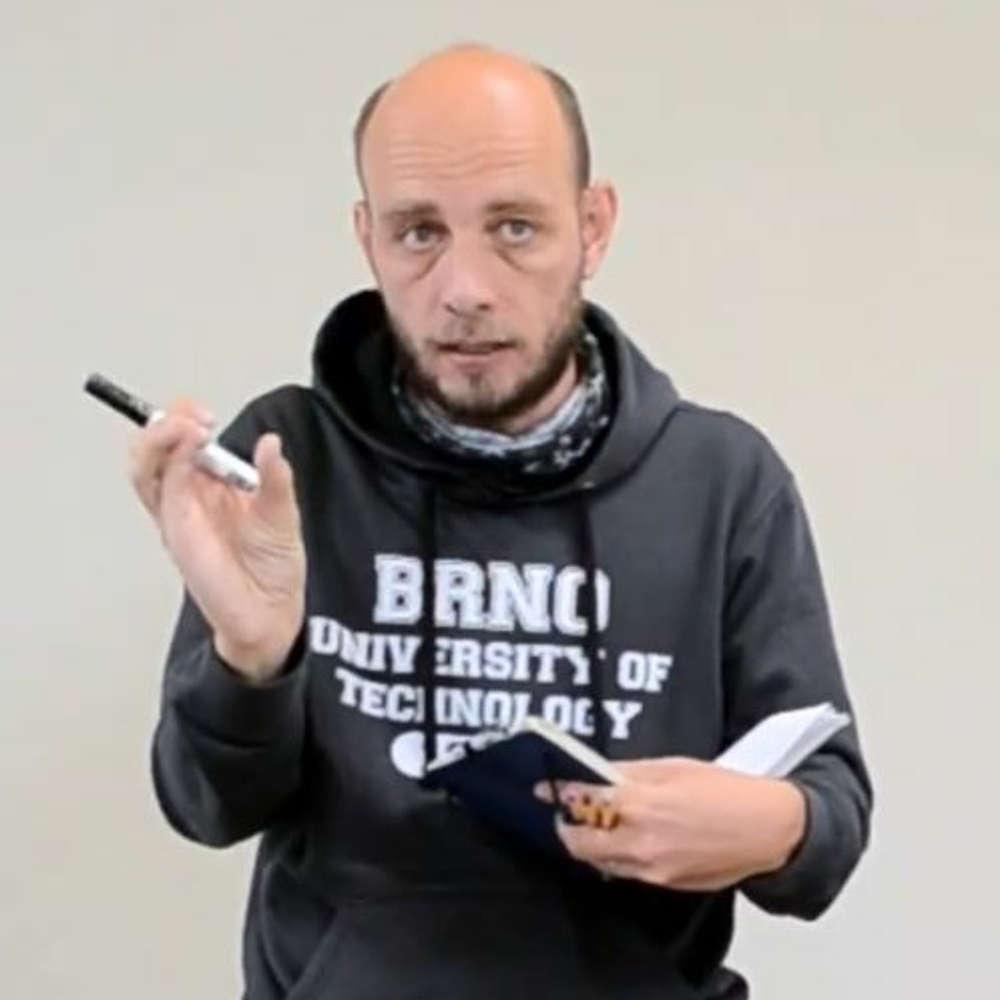 """Petr Pouchlý: """"Obchodníci neexistují"""" a další holé pravdy o škálování spolupráce freelancerů"""