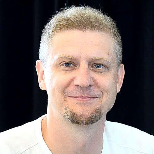 Jak podniká výrobce baskytar Aleš Vychodil