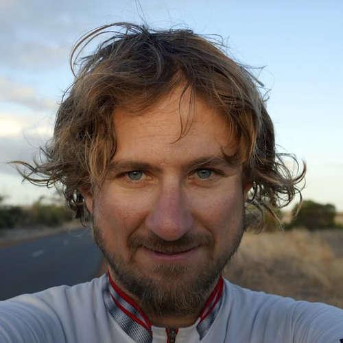 zmUPované: Neuveriteľný príbeh Slováka. Na bicykli šlapal 3 roky a precestoval celý svet