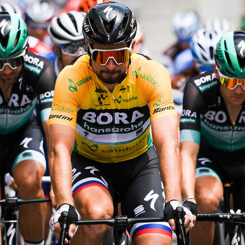 Sagan ide na Tour prepísať históriu, Froome sa chcel vysmrkať a zlomil si nohu