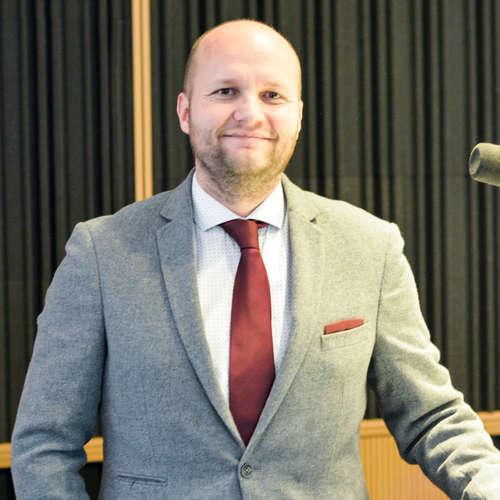 Jaroslav Naď - OĽaNO zvažuje odvolávanie ministra obrany