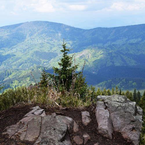 Vyber sa s nami na pekelnú horu páchnucu sírou (Výlety po Slovensku s One2We)