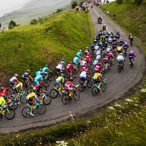 TDF: Jazdcov čakajú Alpy a obrovské horúčavy okolo 40 stupňov Celzia