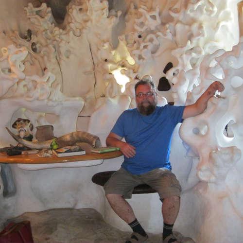 Rozprávkový dom v Jablonke, postavený holými rukami Trnavčana Viliama