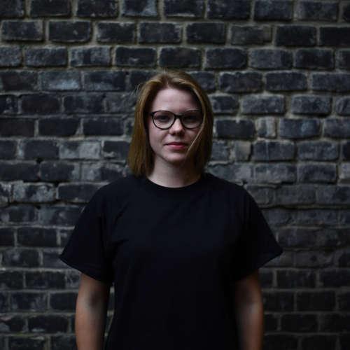 Na dřeň s Eliškou Podzimkovou: Dokresluju realitu, chybí mi v ní hravost